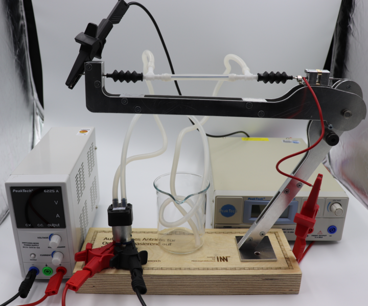 Test stand for evaluation of an SMA actuator for knee orthoses